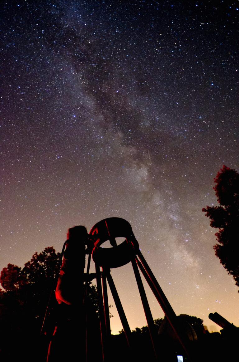 voie lactée avec télescope