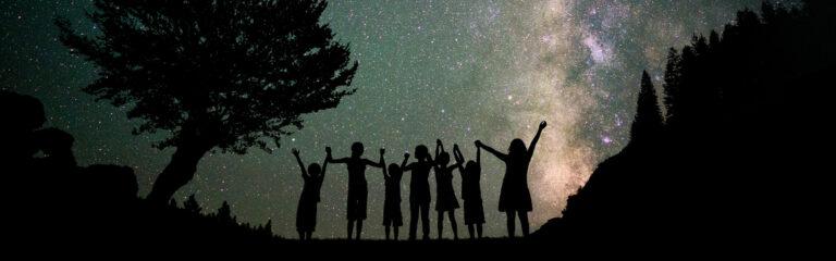 Famille au crépuscule