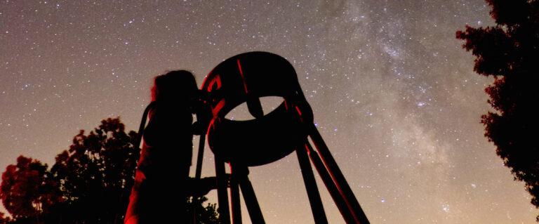voie lactée et telescope